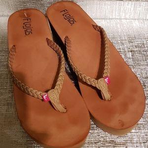 FLOJOS Tan Thong Style Wedge Sandal